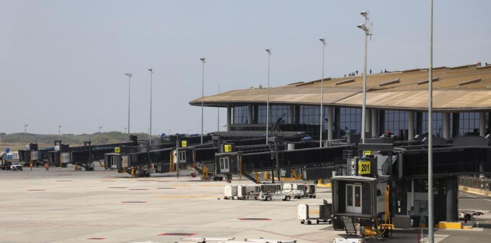 Aeropuerto de Tocumen prueba el sistema contra incendio en la Terminal 2