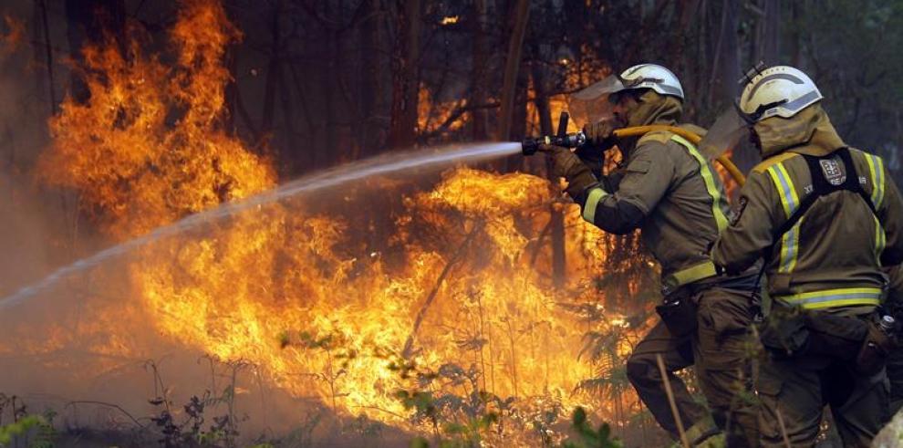 Un incendio forestal consume 25 hectáreas de zona protegida de El Salvador
