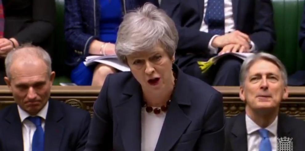May dimitirá antes de la segunda fase de negociación con la UE