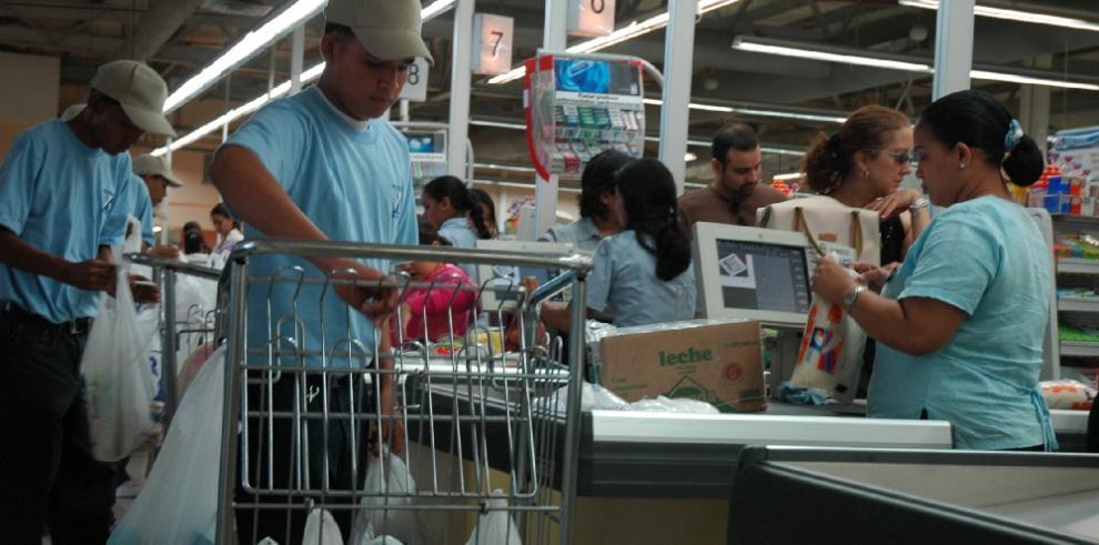 Consumidores pagaron $305.68 en diciembre de 2018 por el cesto de alimentos