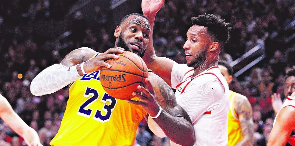 Los Lakers y la necesidad de regresar al primer plano