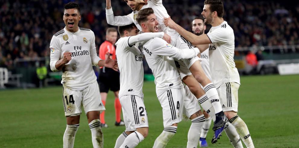 Un gol de Ceballos salva al Real Madrid y deja frío a su exequipo