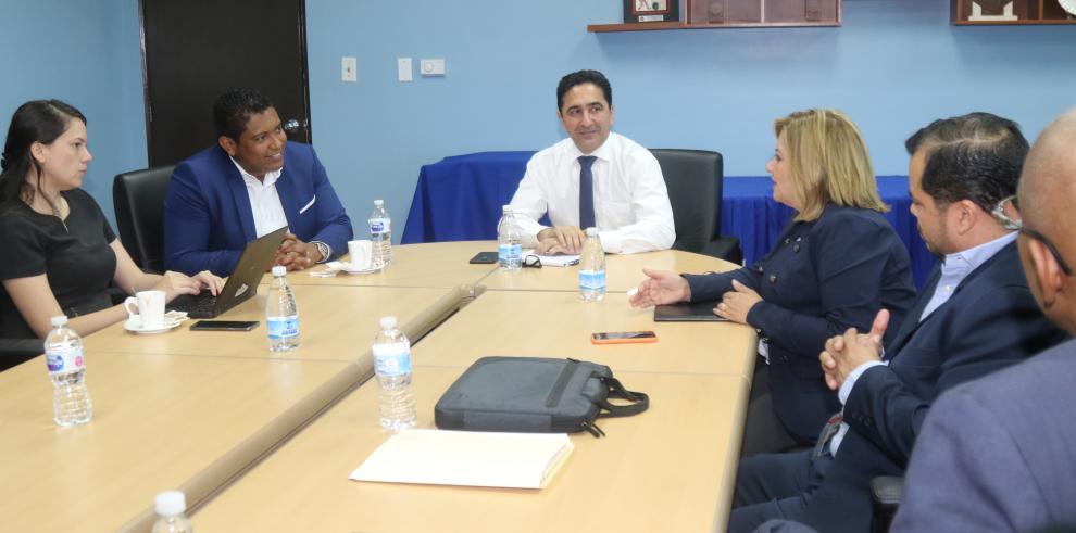 La Autoridad para la Innovación y Tocumen S.A. coordinan proyectos tecnológicos
