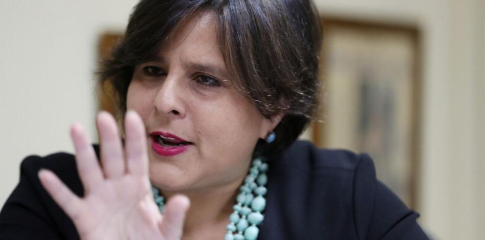 Asamblea cita por undécima vez a Chinchilla para que rinda informe de finanzas