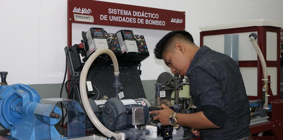 Más de 2,800 personas optaron por formación industrial en Panamá Pacífico