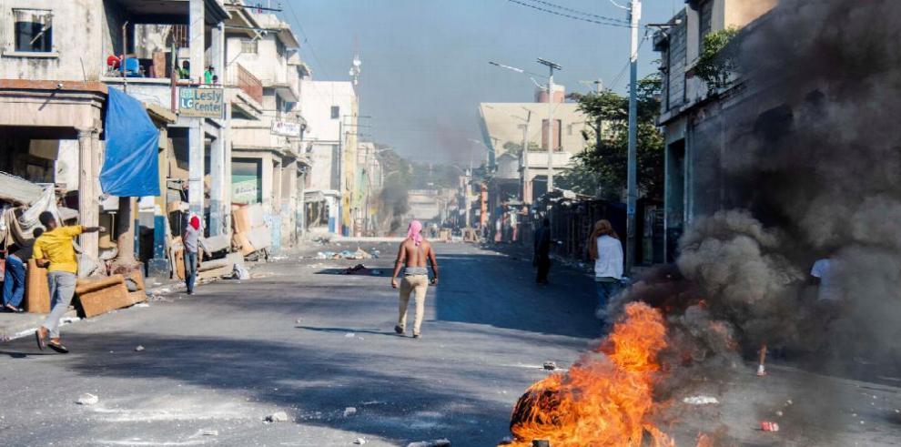 Haití: sigue silencio presidencial en medio de crisis