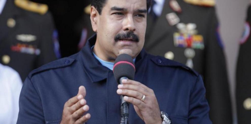 Maduro pide a militares un plan de