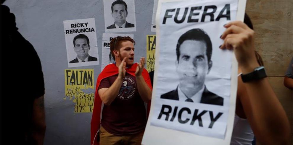 Manifestantes protestan por cuarto día seguido contra gobernador Puerto Rico