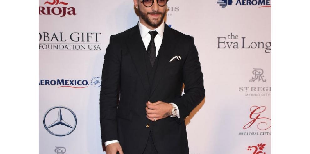 Maluma será el novio infiel de JLo en la película 'Marry Me'