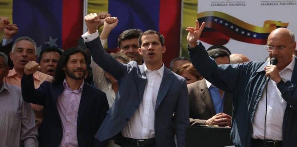 Juan Guaidó se