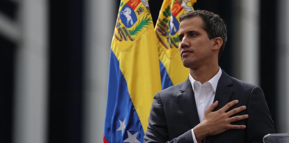 El ministro de Defensa de Venezuela dice que militares no aceptarán a Guaidó