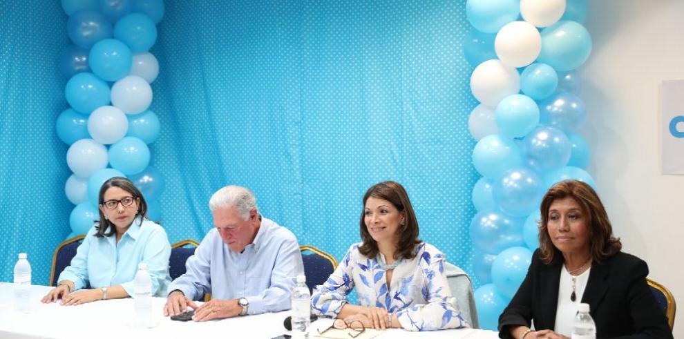 Ana Matilde Gómez inauguró su centro de campaña para las elecciones generales