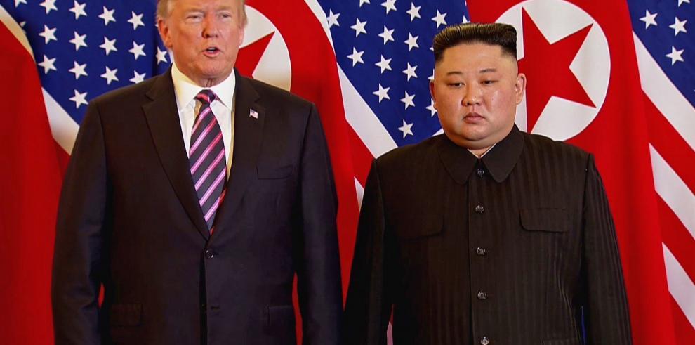 Trump y Kim se volverán a reunir a solas durante 45 minutos el jueves