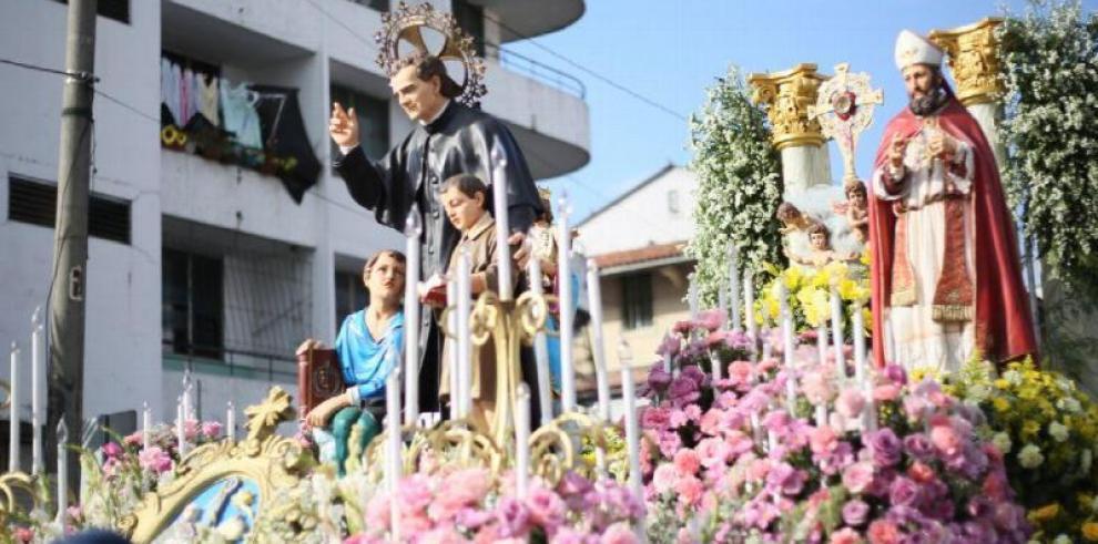 Feligreses celebran el día delpadre y maestro de la juventudSan Juan Bosco