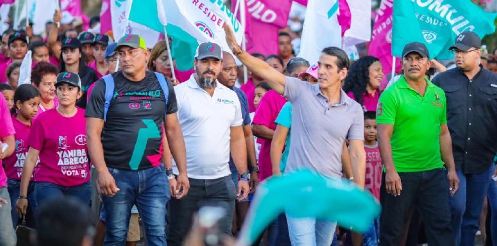Rómulo Roux advierte a Cortizo y Varelaque con la democracia no se juega