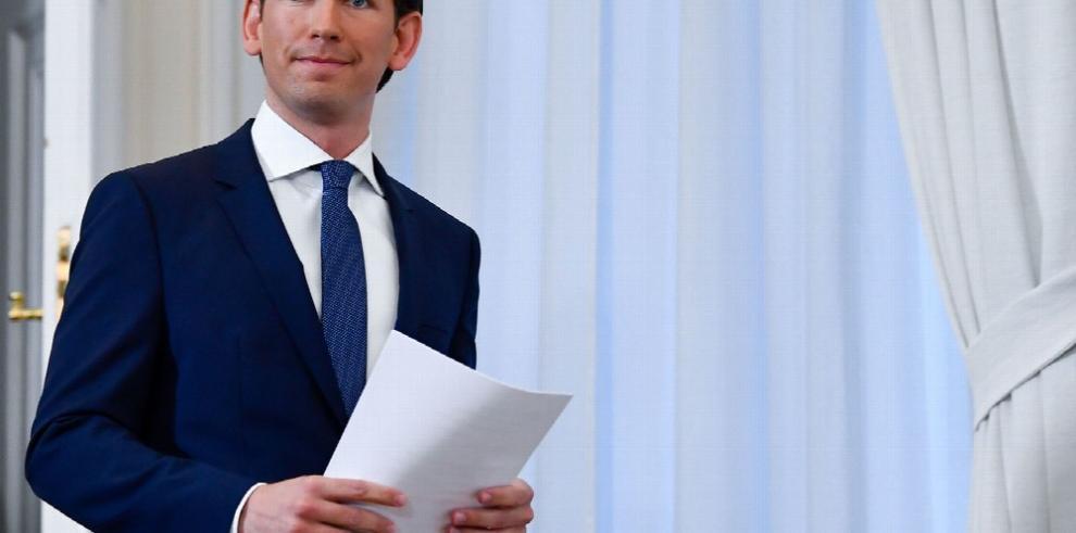 Cae el Gobierno austríaco por escándalo de corrupción