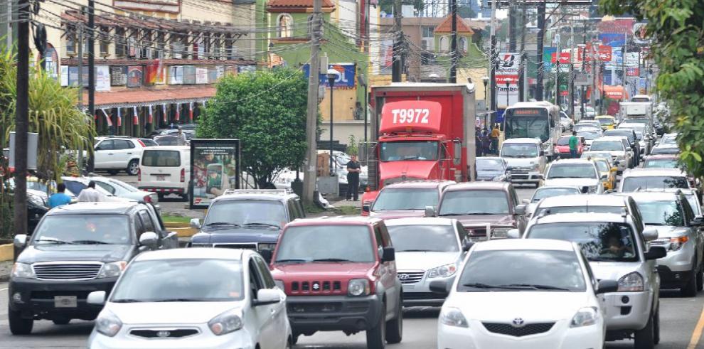 'El auto es un invento que está contaminando y destruyendo las ciudades'