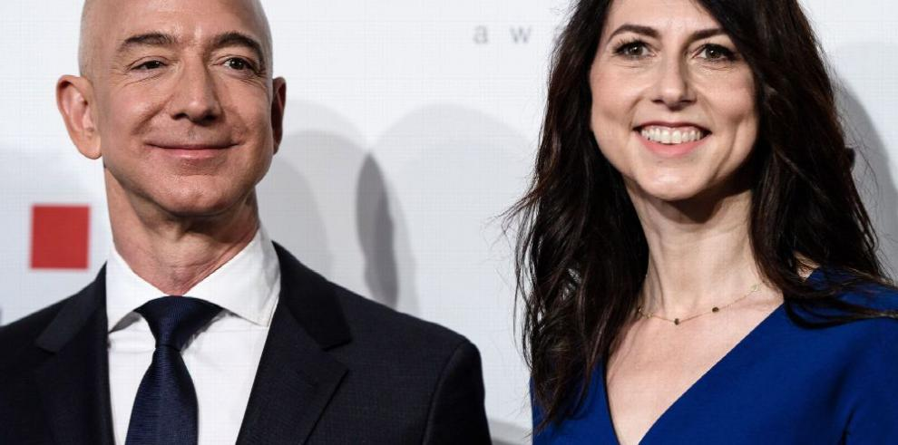 Jeff Bezos tuvo una relación secreta con presentadora de FOX