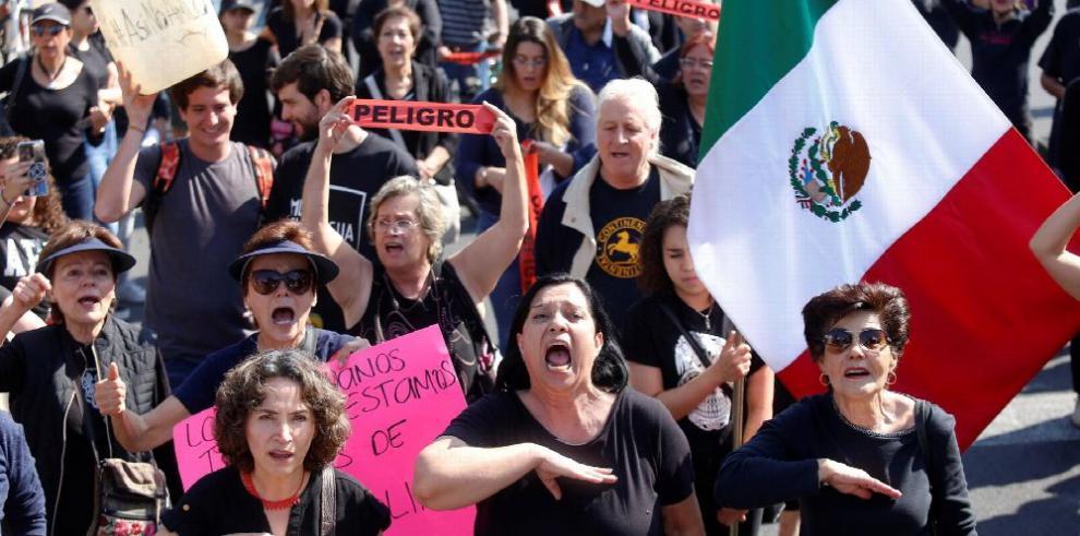 México mantiene estrategia contra robo de gasolina