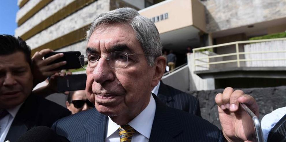 Redes sociales, un vehículo de apoyo para las denunciantes de abuso sexual contra Óscar Arias