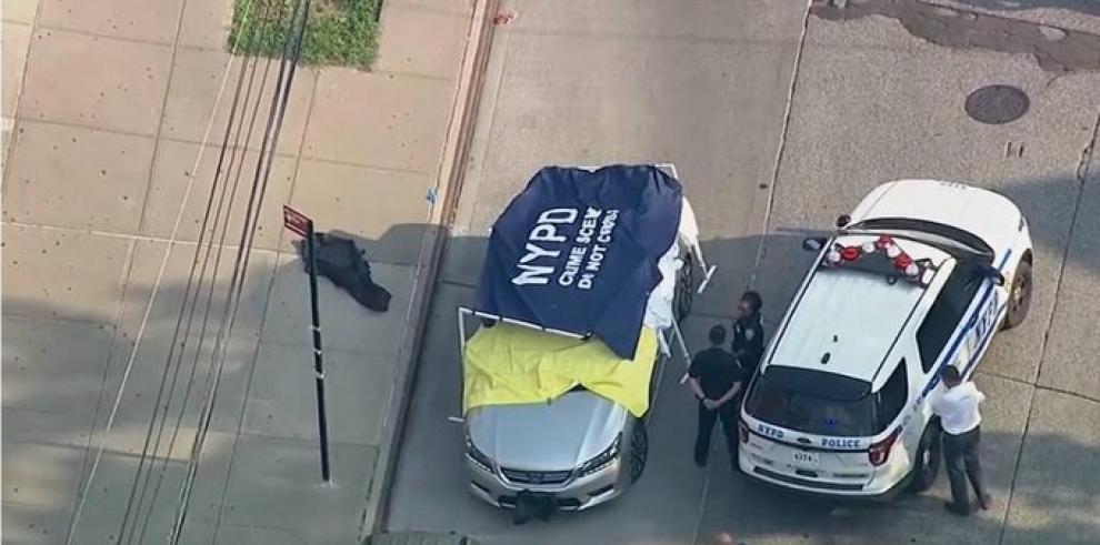 Acusan de homicidio a papá de gemelos que murieron de calor en auto en EE.UU.