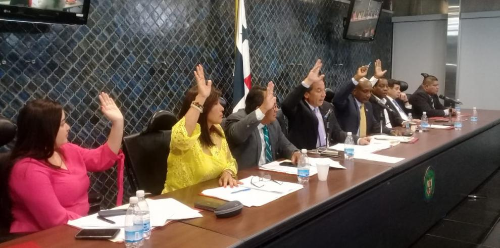 Diputados rechazan proyecto de ley sobre Minera Panamá