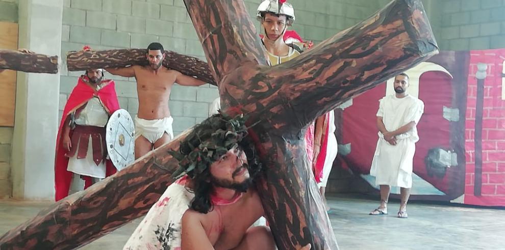 Privados de Libertad de la Nueva Joya realizan el Viacrucis de Jesús