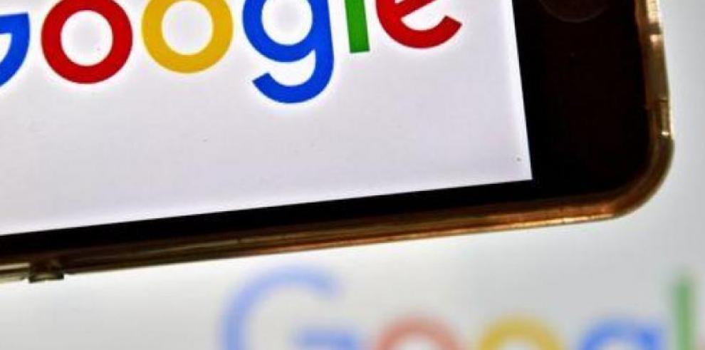 Desarrollando el Asistente de Google en teléfonos para todos, en todas partes