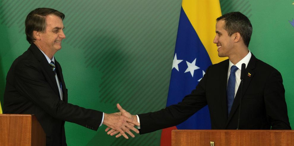 Bolsonaro se compromete con Guaidó en la búsqueda de democracia en Venezuela
