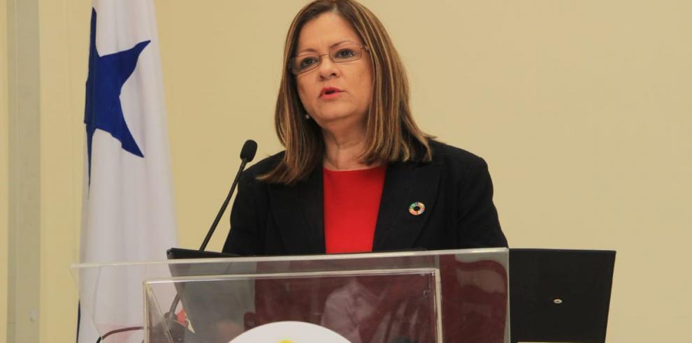 Ministra de Salud asegura que su gestión se basará en la rendición de cuentas