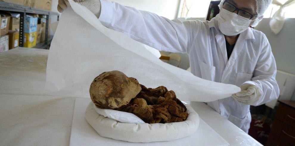 Perú recupera la momia de un bebé de unos 2.000 años de antigüedad