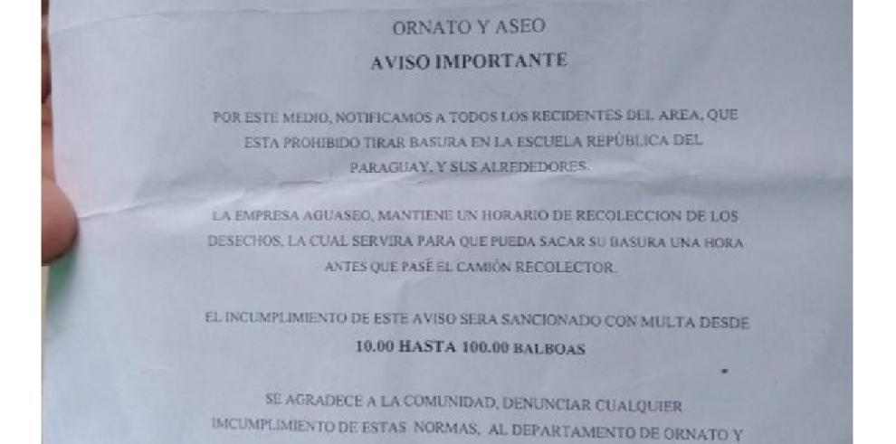 Alcaldía de Colón sancionará a vecinos que depositen basura en colegio