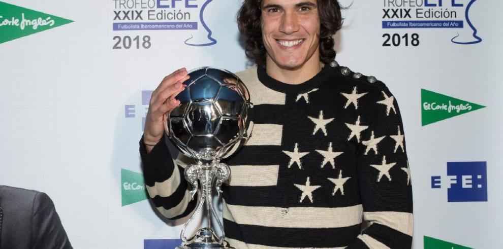 Edinson Cavani, el gran ídolo uruguayo que destronó a Zlatan Ibrahimovic