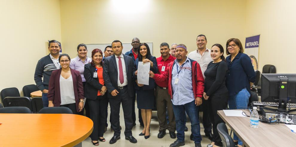 Suntrasa yel Grupo Especializado de Seguridad e Investigación firman acuerdo