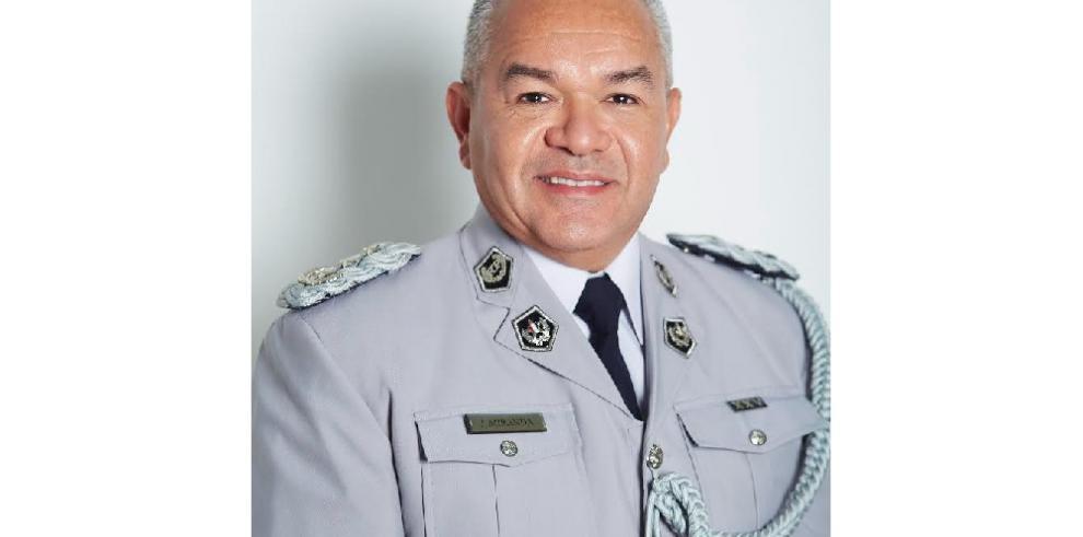 Cortizo se inclina por un policía de carrera para dirigir la Policía Nacional