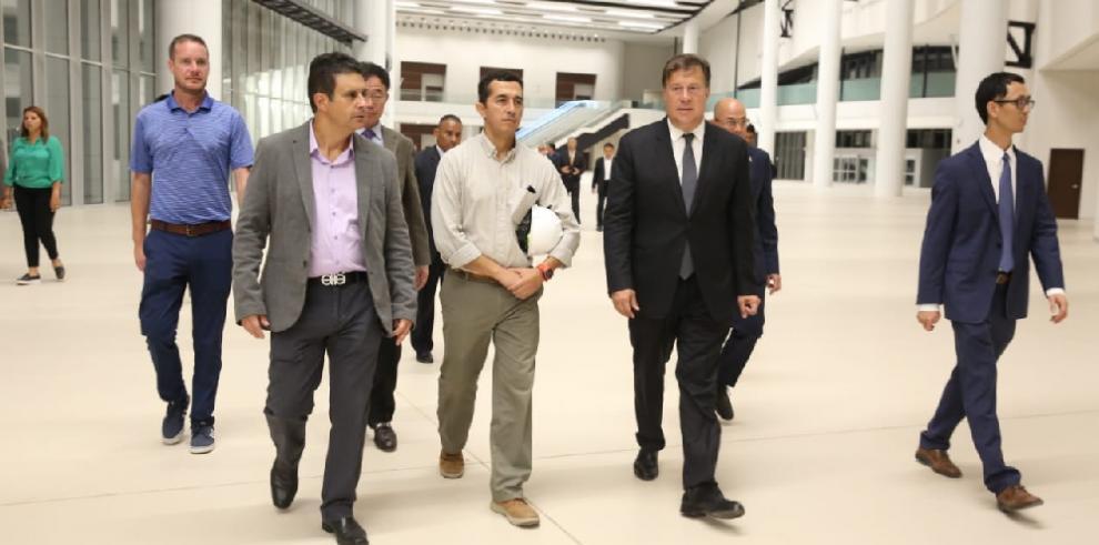 Varela deja construcción del Centro de Convenciones de Amador con 96% de avance