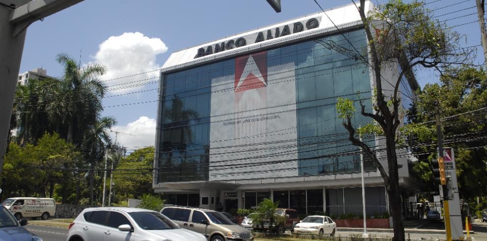 Banco Aliado compra de Banco Panamá por $210 millones