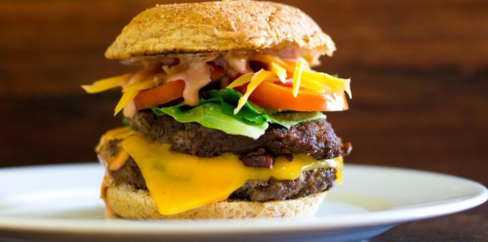 Colombia se alista para vender más de 4,6 millones de dólares en hamburguesas
