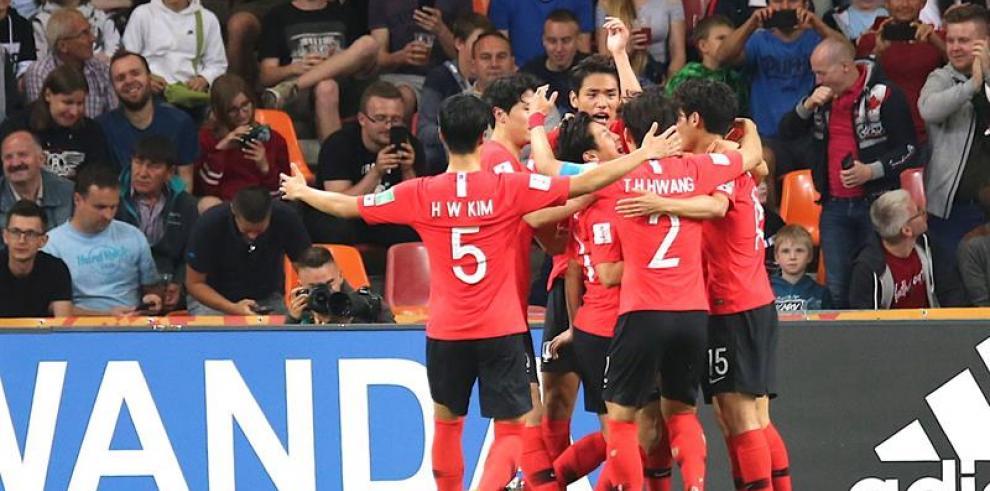 Corea del Sur de Kangin Lee gana en los penaltis y se cita con Ecuador