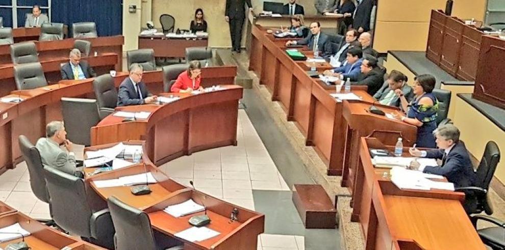 Continúa debate del proyecto que aprueba el Código de Procedimiento Tributario