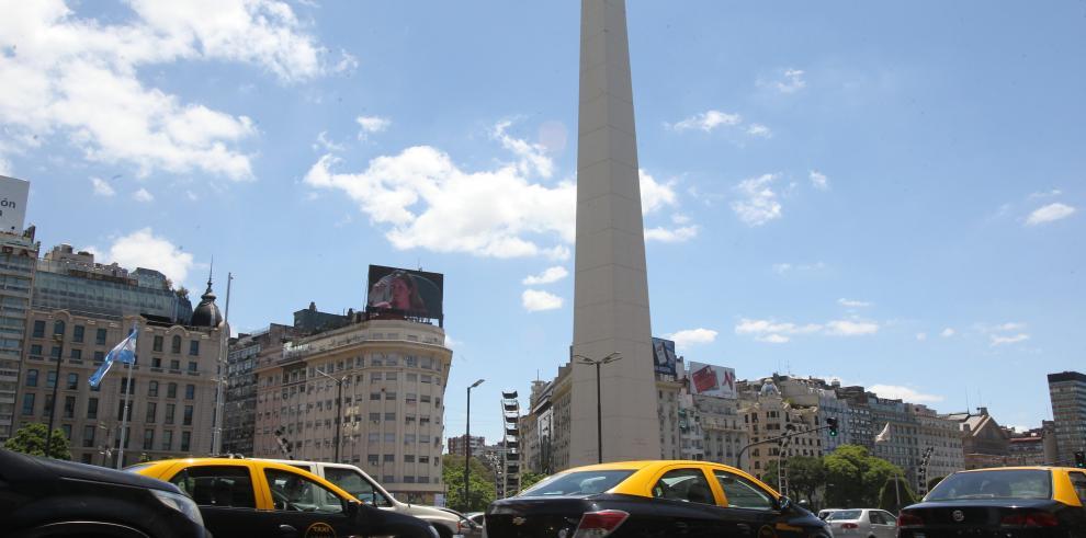 Proliferan las aplicaciones de transporte para mujeres en Argentina