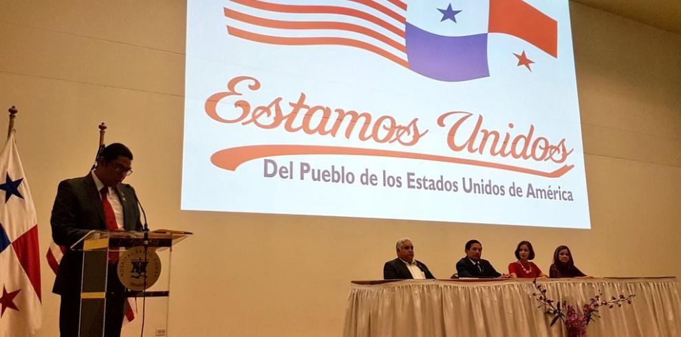 EEUU entrega a Panamá donación de medicamentos para el VIH