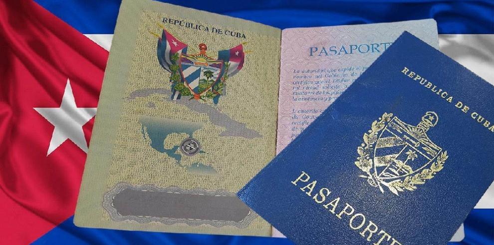 Migración suspende tarjetas de turismo a ciudadanos cubanos