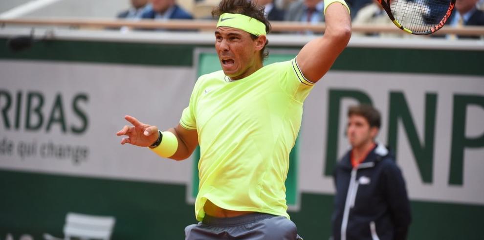 Nadal domina a Federer y jugará su duodécima final en Roland Garros