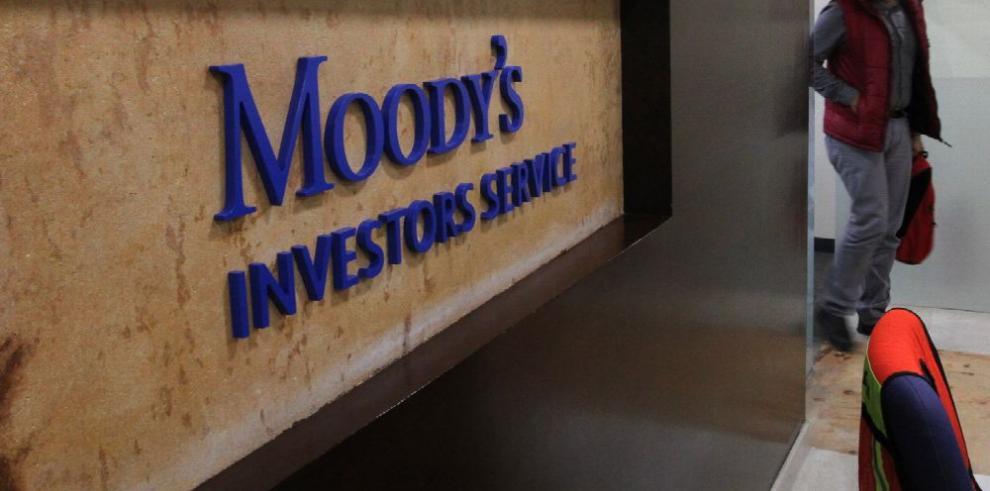 Moody's ve 'riesgo periférico' para economía mexicana por aranceles