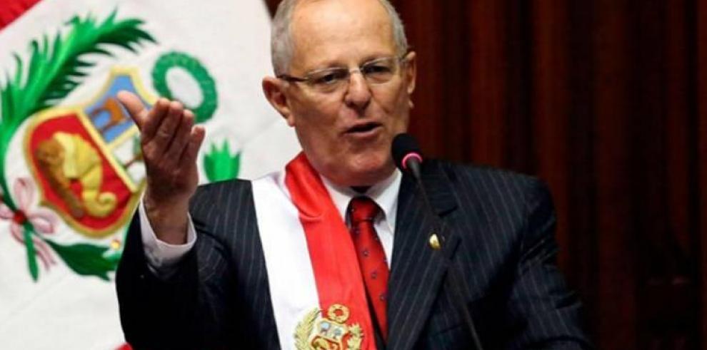 Partido del expresidente Kuczynski cambia nombre y se declara leal a Vizcarra
