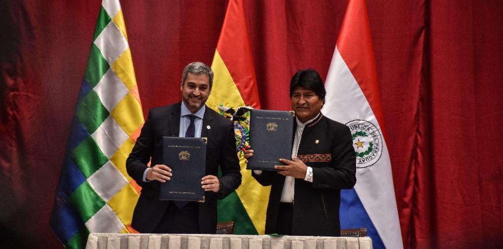 Bolivia venderá a Paraguay 54,000 toneladas anuales de gas licuado