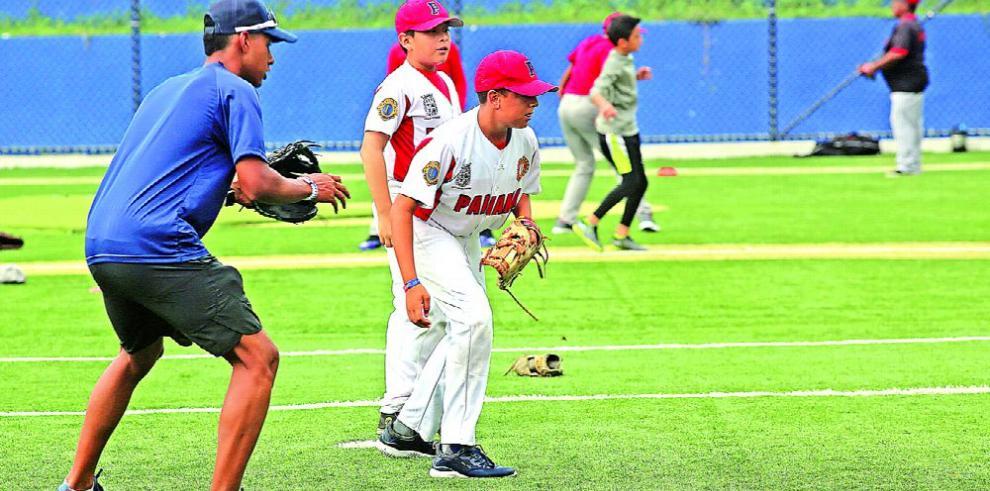 Béisbol juvenil ausente hoy