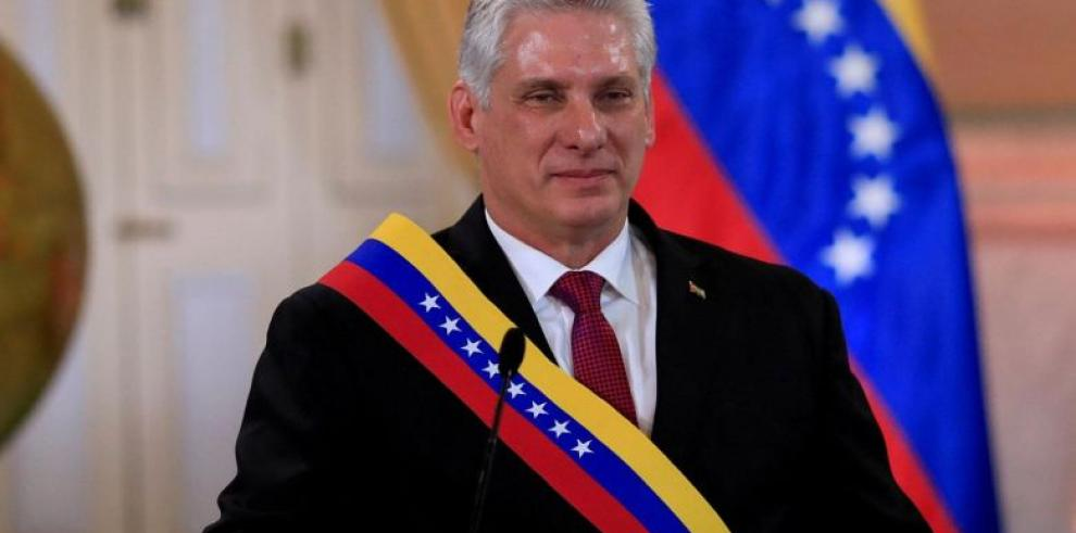 El presidente de Cuba asistirá a la investidura de Maduro en Venezuela