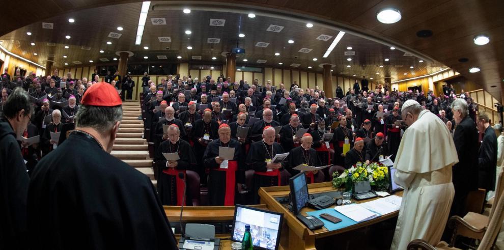 Cumbre vaticana sobre abusos ve necesario que los obispos rindan cuentas